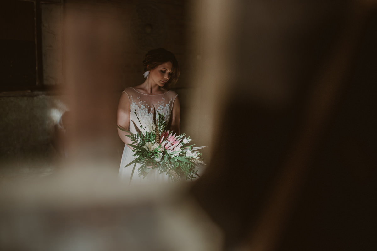 Vintage boho chic styled wedding at villa Rafut, Nova ...