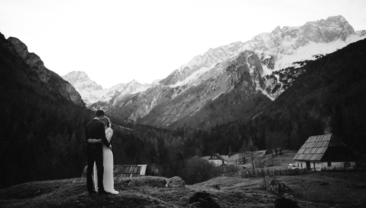 destination elopement in Soča valley